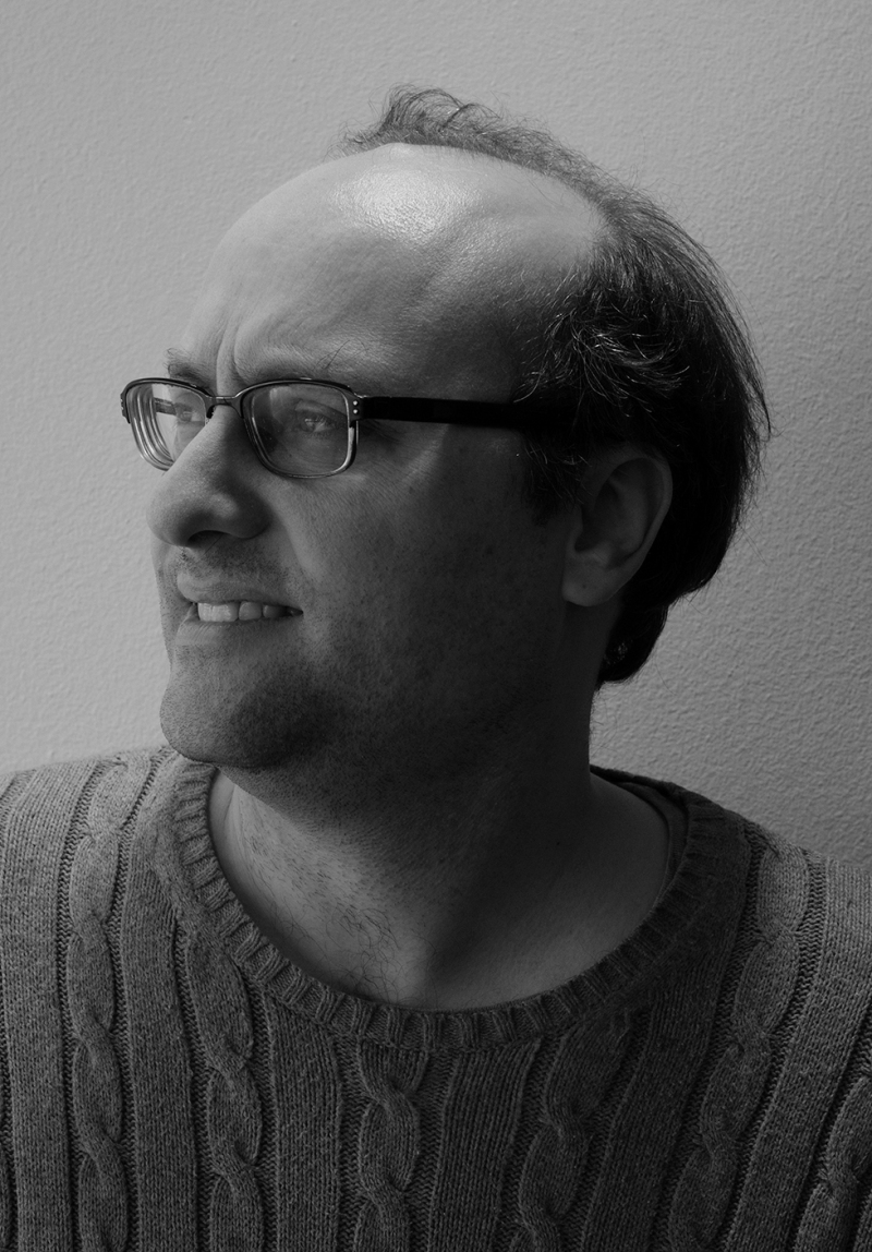 Joel Meadows head shot feb 2017 grey pic_1